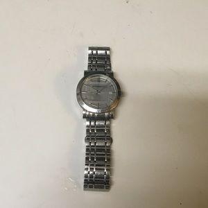 mens/ Unisex Burberry Watch msrp $800 .Vintage